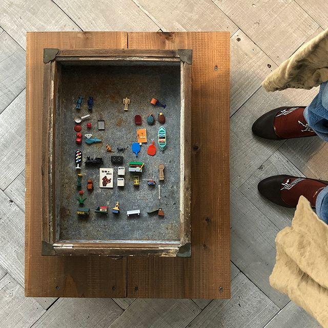 .去年、タイポと古道具展でお世話になったBanonさんの2Fで『グリコのおまけ展』を見てきました。.なんともかわいくて秀逸なおまけたち.空間もステキです.4/1まで開催。ゼヒに.そして4月には( @iroiro_no_iroiro ) さんのアトリエ、.カンパニオ(companio)として生まれ変わるんだとか︎.ありがたいことに、こちらのオープニングイベントとして、ワークショップをやらせていただきます︎..4/27金、4/28土の2日間です詳細はまた後ほど.#川越 #バノン #グリコのおまけ #カンパニオ #companio #iroiro #horieee #ワークショップ (Instagram)